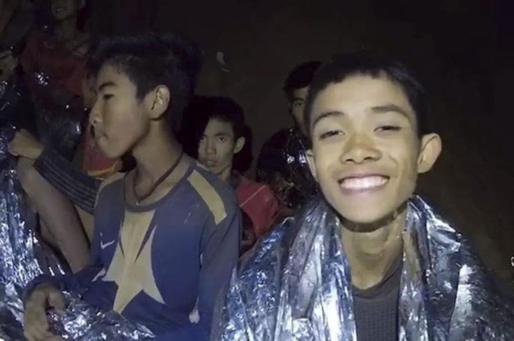 Por primera vez, uno de los chicos rescatados en Tailandia contó la experiencia en la cueva