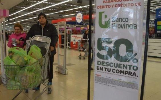Se sumaron 141 supermercados al descuento del 50% para clientes del Provincia