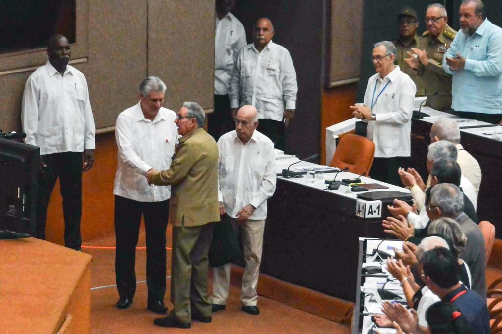 La nueva Constitución de Cuba elimina el comunismo y admite la propiedad privada
