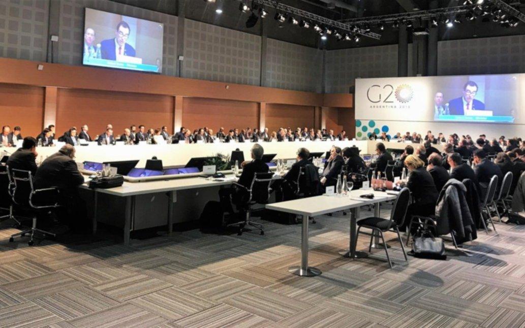 """El G-20 termina con el acuerdo de """"intensificar"""" esfuerzos para mitigar riesgos económicos"""
