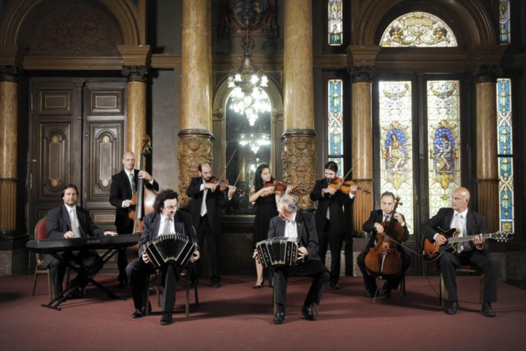 La Orquesta Municipal de Tango celebra 10 años en el Salón Dorado