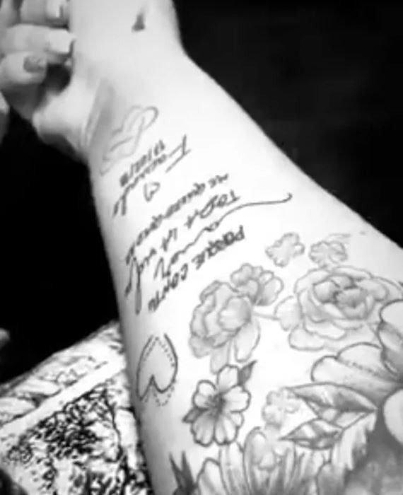 El tatuaje que se hizo Morena Rial dedicado a su novio