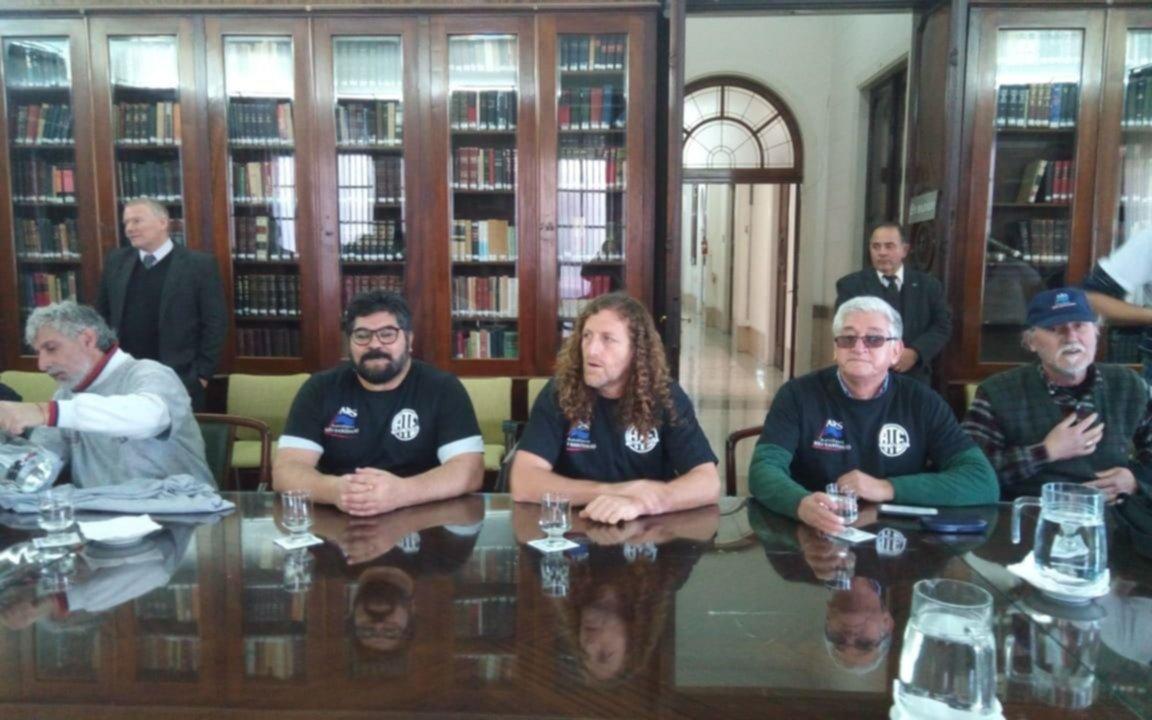 No hubo acuerdo entre trabajadores de Astillero y el Gobierno bonaerense