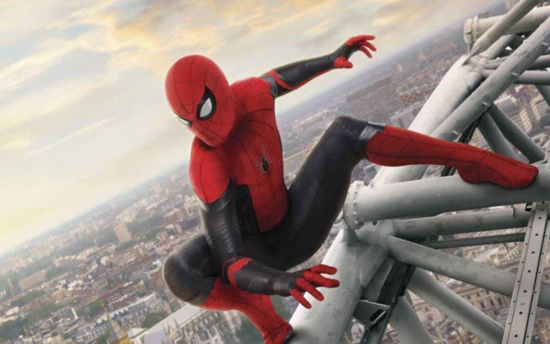 """Llega mañana a los cines locales """"Spider-Man: Lejos de casa"""""""