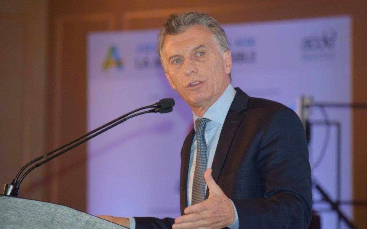 Política: Mauricio Macri negocia un tratado de libre comercio con Estados Unidos