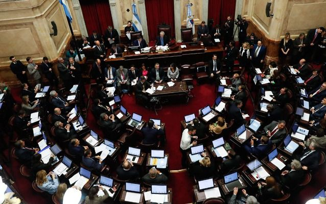 Gabriela Michetti prohibió el canje de pasajes por dinero — Senado