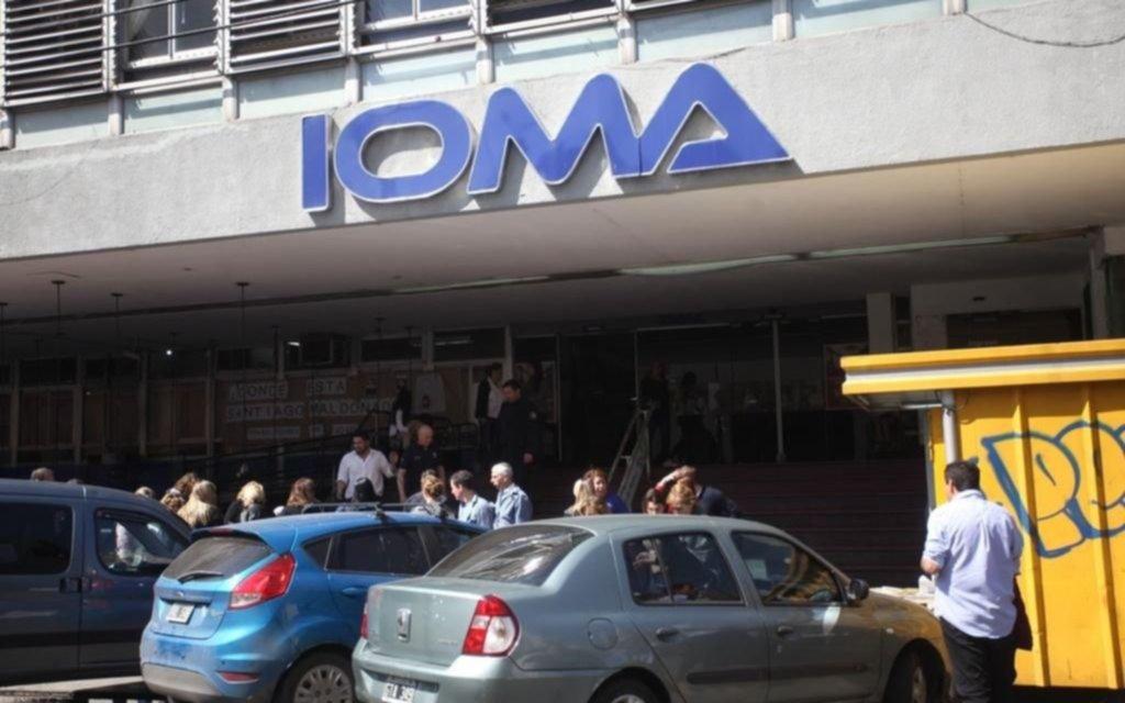 Investigan a más de mil médicos por cobros indebidos a afiliados de IOMA