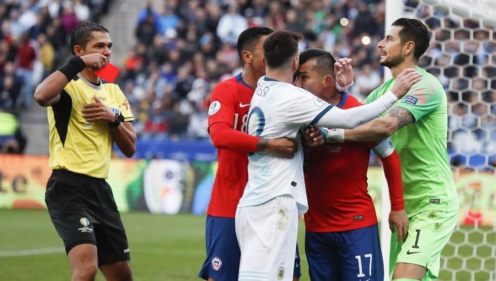 La UEFA salió a desmentir que haya invitado a la Argentina a participar de sus competencias