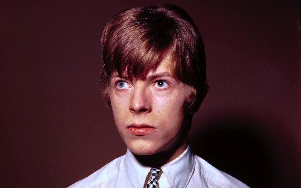 """Subastan un demo de la canción """"Starman"""" de David Bowie"""