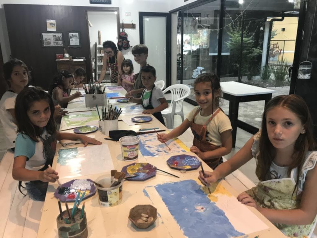 """Se pone en marcha """"La ruta del arte"""", una muestra colectiva en Villa Elisa"""