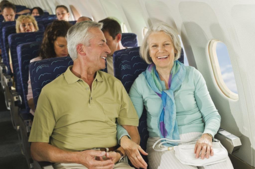 Cómo hacer más cómodo un vuelo largo en clase económica
