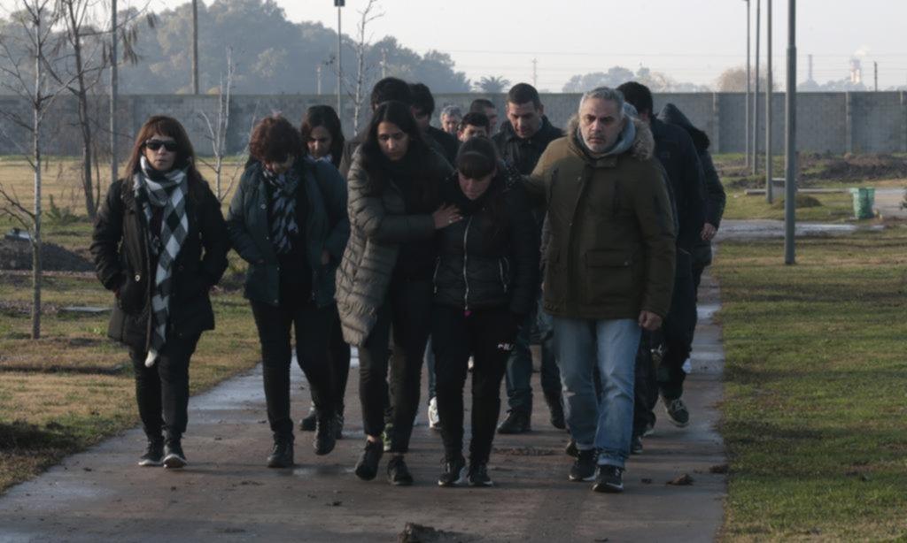 En medio del dolor, los taxistas de la Región llevan a la calle el reclamo de justicia