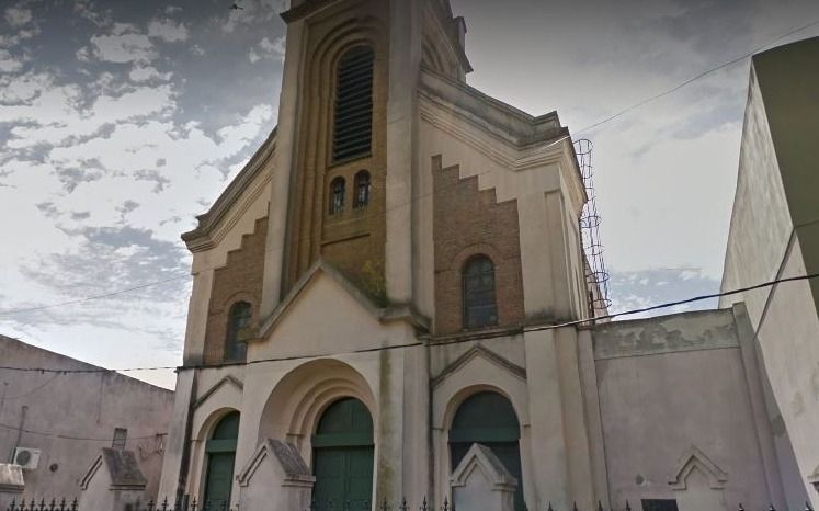 Se suma otra denuncia contra un sacerdote de Gonnet: un hombre dio su testimonio