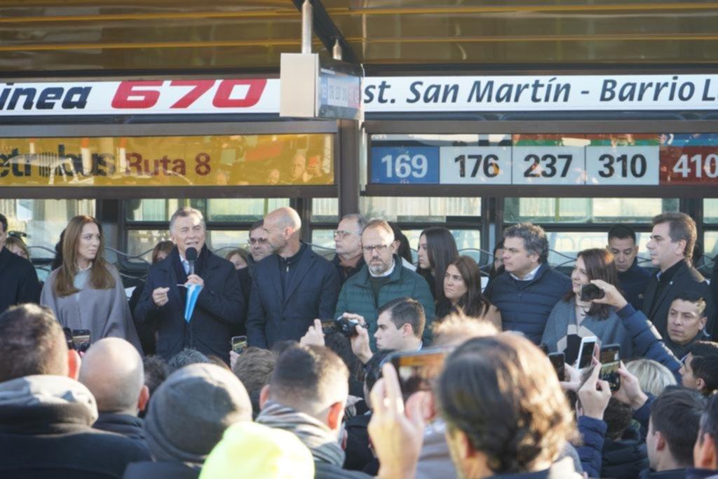 Macri y Vidal inauguraron otro metrobús, esta vez en San Martín