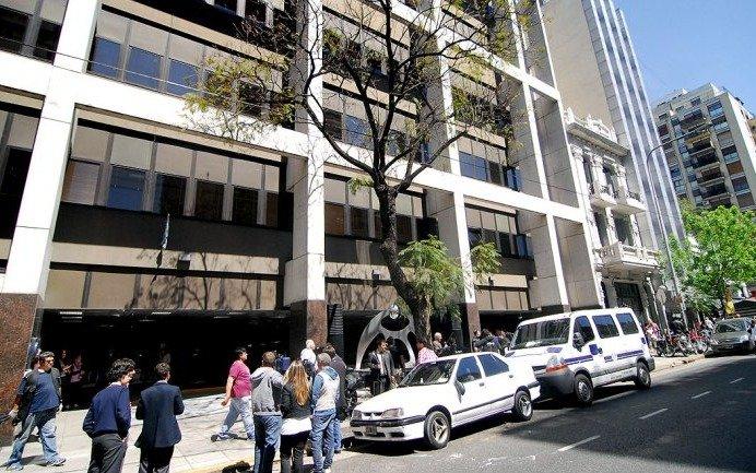 Proponen condonar la deuda inmobiliaria de la Fundación Favaloro
