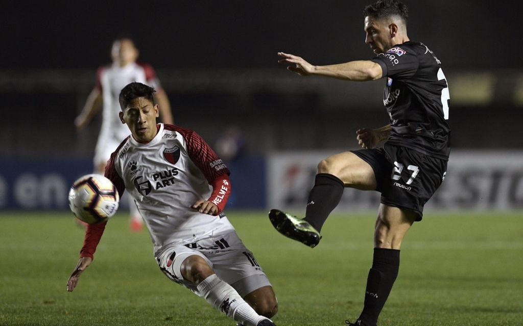 El Sabalero derrotó al Bicho en los penales y pasó a cuartos de final dela Sudamericana