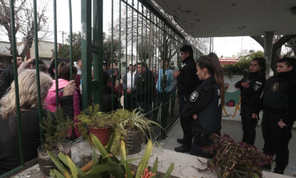 Otros 10 padres fueron a declarar en la causa contra el portero del Jardín 902