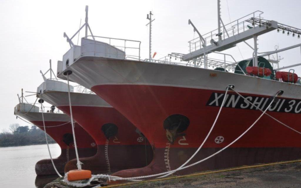 En Astillero inician trabajos de reparación de un buque chino