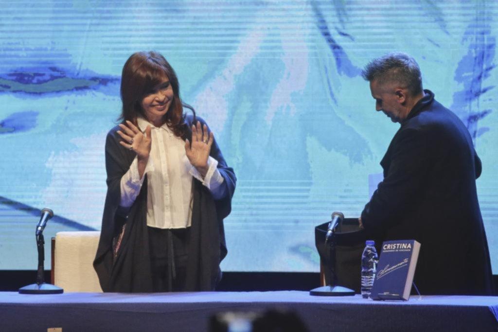Cristina y Lilita hicieron campaña en Mar del Plata, pero no se cruzaron