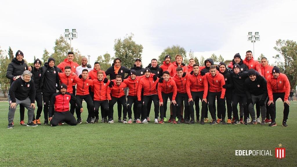 Estudiantes levanta el telón con la ilusión de seguir avanzando en la Copa Argentina