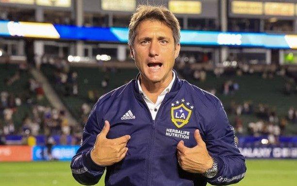 """El clásico de Los Angeles fue para el equipo que dirige el """"Mellizo"""" Guillermo"""