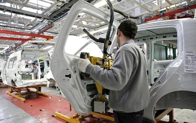 La producción de vehículos se derrumbó en junio 34,5%