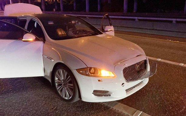 Hombre atropella con su auto a manifestantes antirracistas e hirió a dos mujeres en EEUU