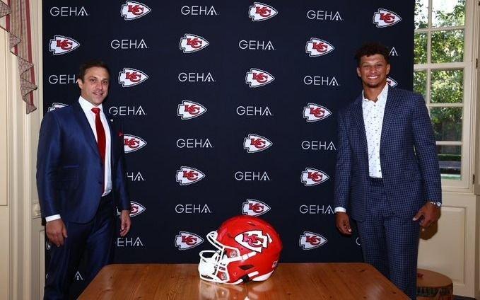 En la NFL firman el mayor contrato en la historia del deporte: US$ 500 millones para su estrella