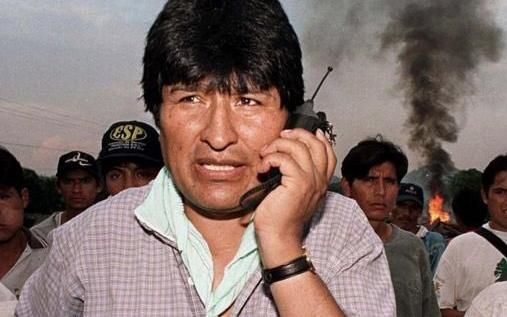 """Por actos de """"terrorismo"""", piden detener a Evo Morales"""