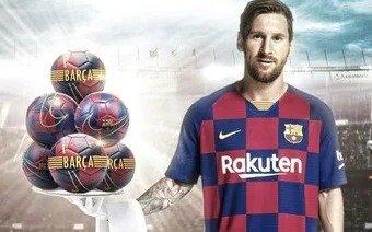 """Lio Messi, el """"mozo"""" del Barcelona y una foto muy divertida"""