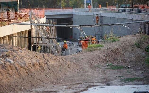 El Indec informó que la construcción se derrumbó un 48,6% en mayo