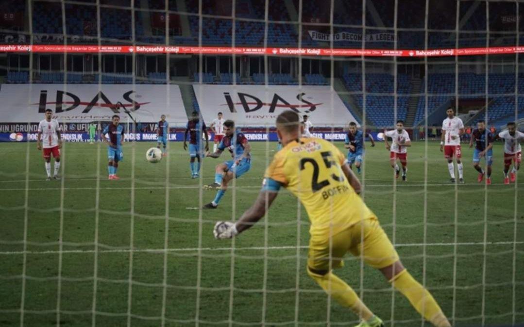 El Principito Sosa marcó por duplicado en Turquía pero su equipo resignó chances de campeón