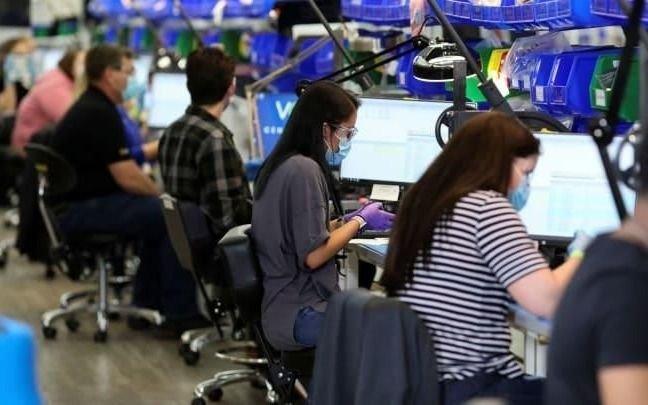 Continúa la baja en los pedidos de subsidio por desempleo en EE UU