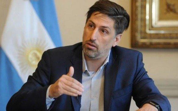 """Trotta: """"Las provincias en fase cinco empezarán las clases desde agosto en forma escalonada"""""""