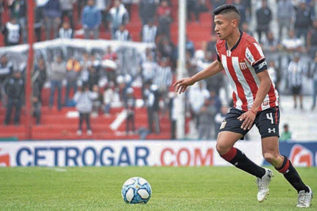 Talleres pretende a Iván Gómez y el León evalúa las opciones
