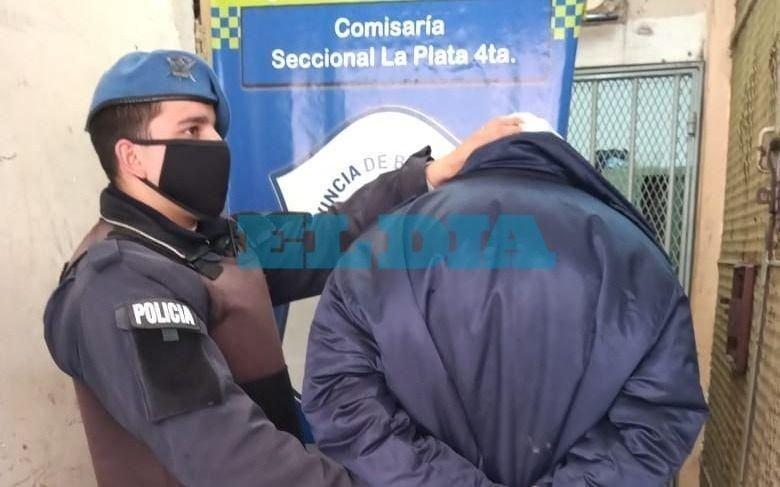 La Loma: un hombre que se movilizaba en una moto robada fue detenido
