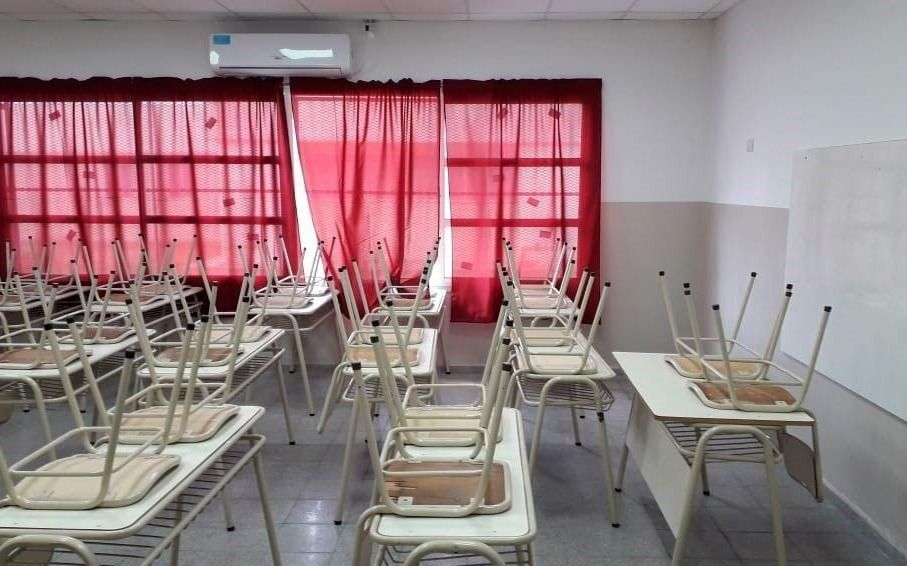 Con tapabocas, grupos rotativos y distancia de 2 metros: así es el protocolo para volver a clases en las provincias