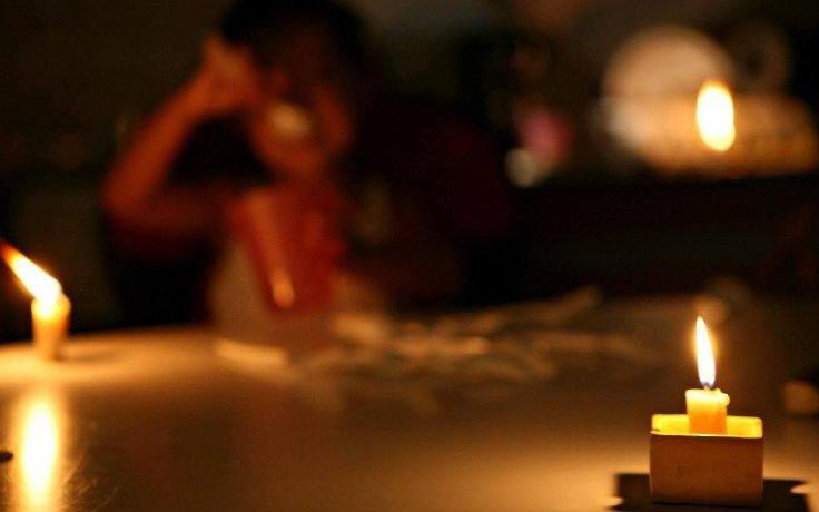 El frío no da tregua y los problemas con la luz en La Plata siguen a la orden del día