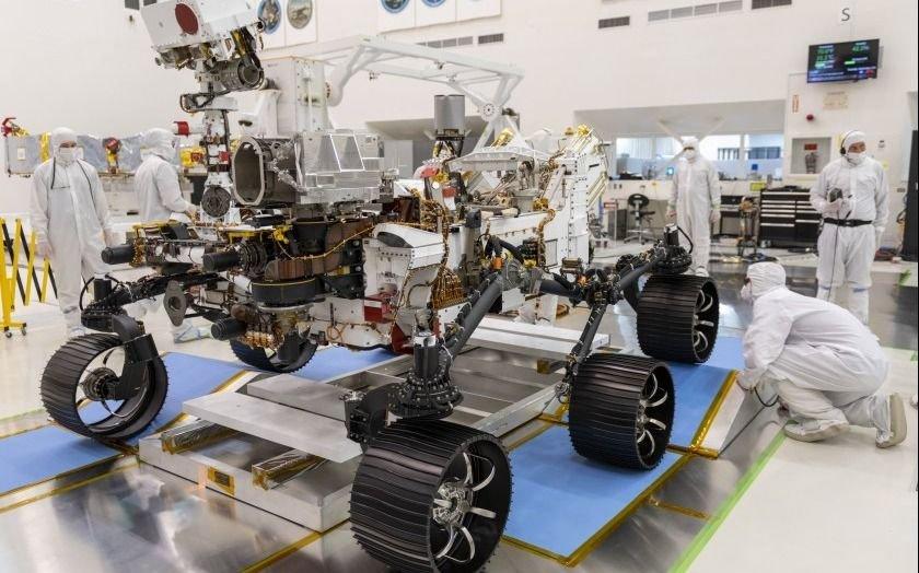 La NASA se dispone a enviar a Marte a Perseverance, un robot cazador de microbios
