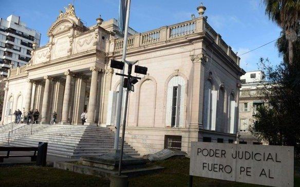 Un ex concejal y dos ex funcionarios se presentaron como damnificados en la causa espionaje