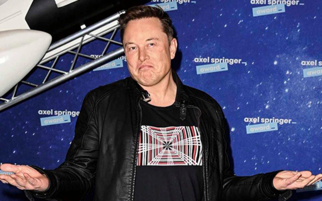 Elon Musk sugiere que un parásito cerebral está forzando a todos los humanos a crear inteligencia artificial avanzada