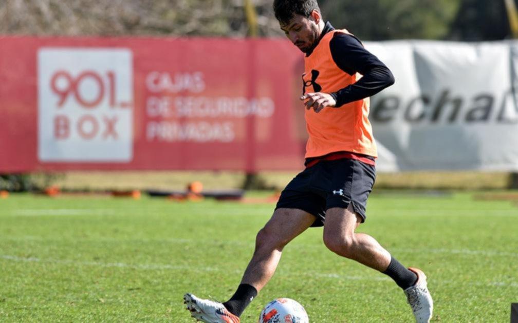 Zielinski repetiría el equipo que goleó en Junín para recibir a Independiente