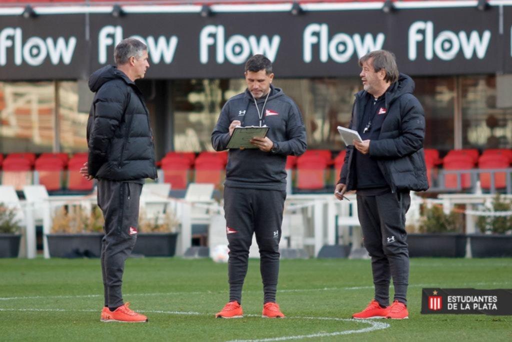 Se complicó lo de Togni y Zielinski repetirá el equipo ante el Rojo