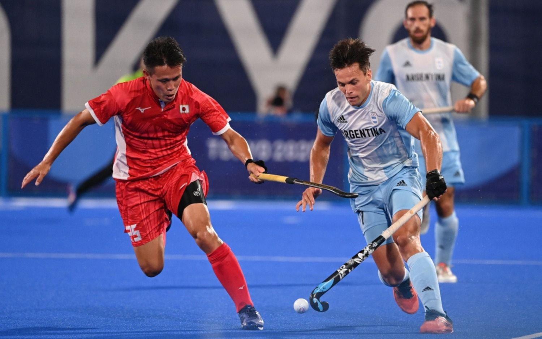 En hockey, Los Leones derrotaron al local y Las Leonas perdieron con Nueva Zelanda
