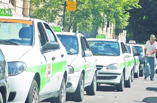 Taxistas piden que se retrotraigan los aumentos del gas