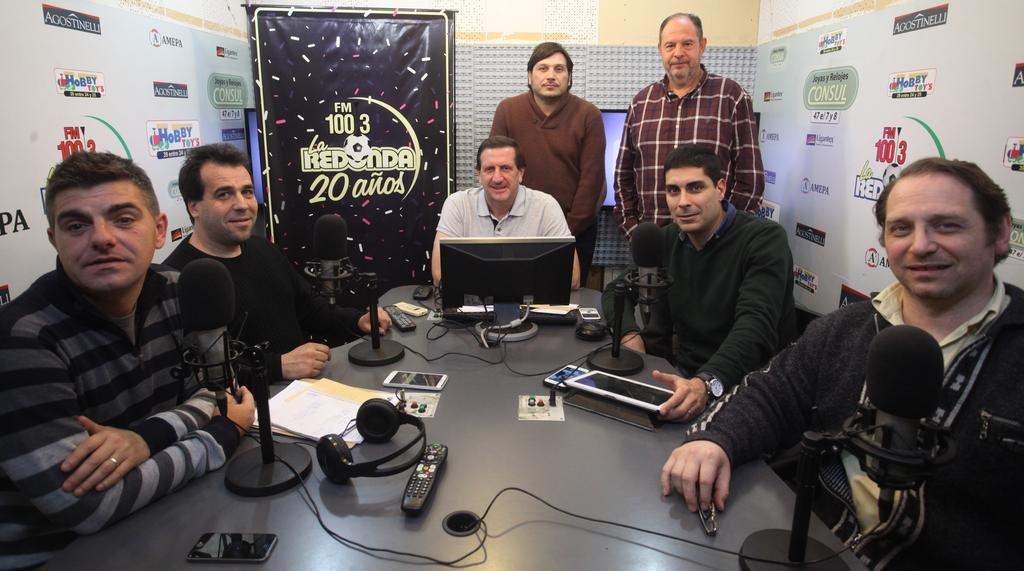 La Redonda festeja veinte años en contacto con sus oyentes