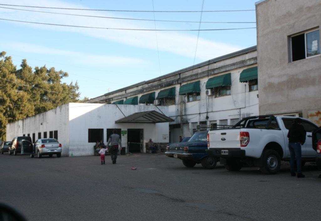 Denuncian posible cierre de servicio en el hospital de Melchor Romero