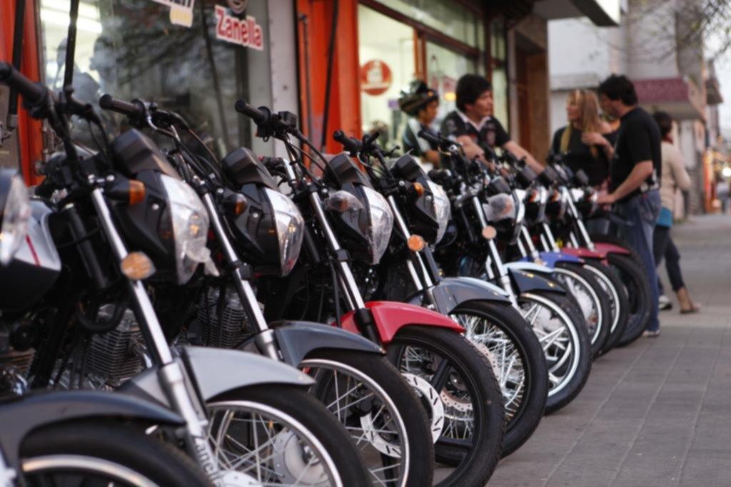 Las ventas de motos no paran de crecer e invaden las calles de la Ciudad