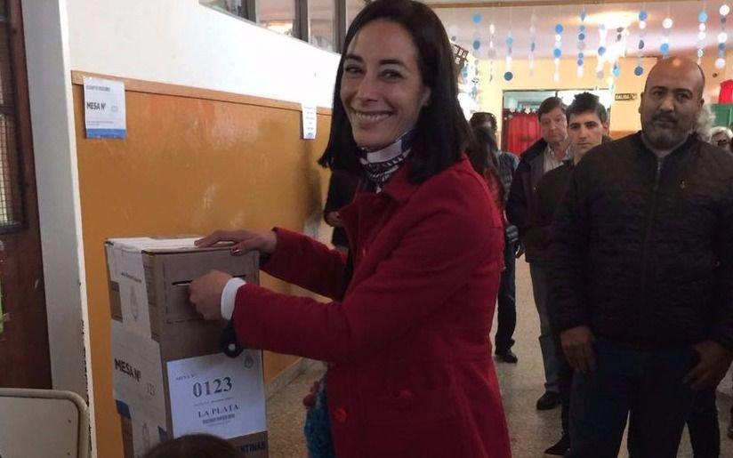 Votó Paula Lambertini, precandidata a concejal por una de  las listas de Randazzo