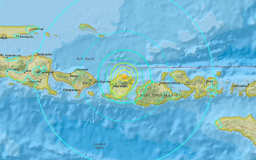 Indonesia: decenas de muertos por un sismo de magnitud 7